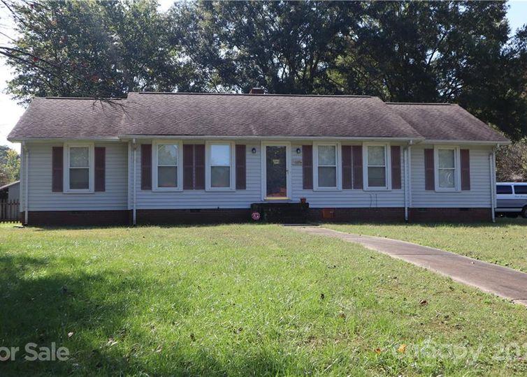 4400 Creemore Drive Charlotte, NC 28213