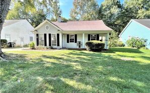 8338 Houndstooth Drive Charlotte, NC 28227 - Image 1