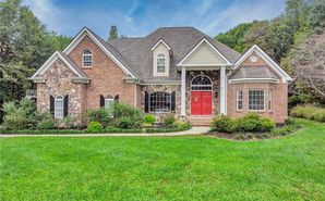 190 Almont Forest Drive Clemmons, NC 27012 - Image 1