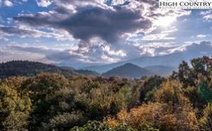 216 Beacon Hill Drive Blowing Rock, NC 28605 - Image 1