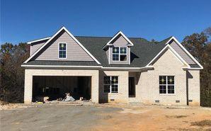 7637 Monty Drive Kernersville, NC 27284 - Image