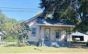 329 Wilson Street Laurens, SC 29360 - Image 1