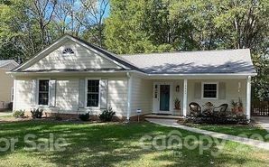 2425 Turnberry Lane Charlotte, NC 28210 - Image 1