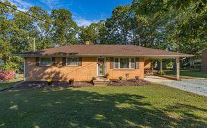 154 Magnolia Drive Roxboro, NC 27573 - Image 1