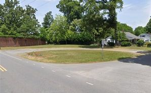 404 Woodlawn Avenue Mount Holly, NC 28120 - Image 1