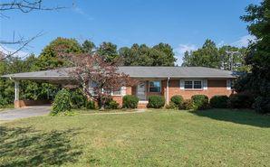 918 E Sunrise Avenue Thomasville, NC 27360 - Image 1