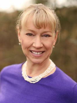 Betsy Schneider - Allen Tate Realtors